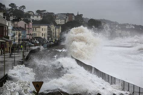 UK weather forecast: Overblown rumours of Storm Abigail