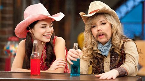 Funniest Sam Puckett Moments in iCarly - YouTube