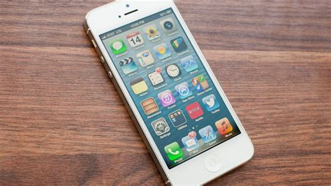Apple iPhone 5 review - CNET